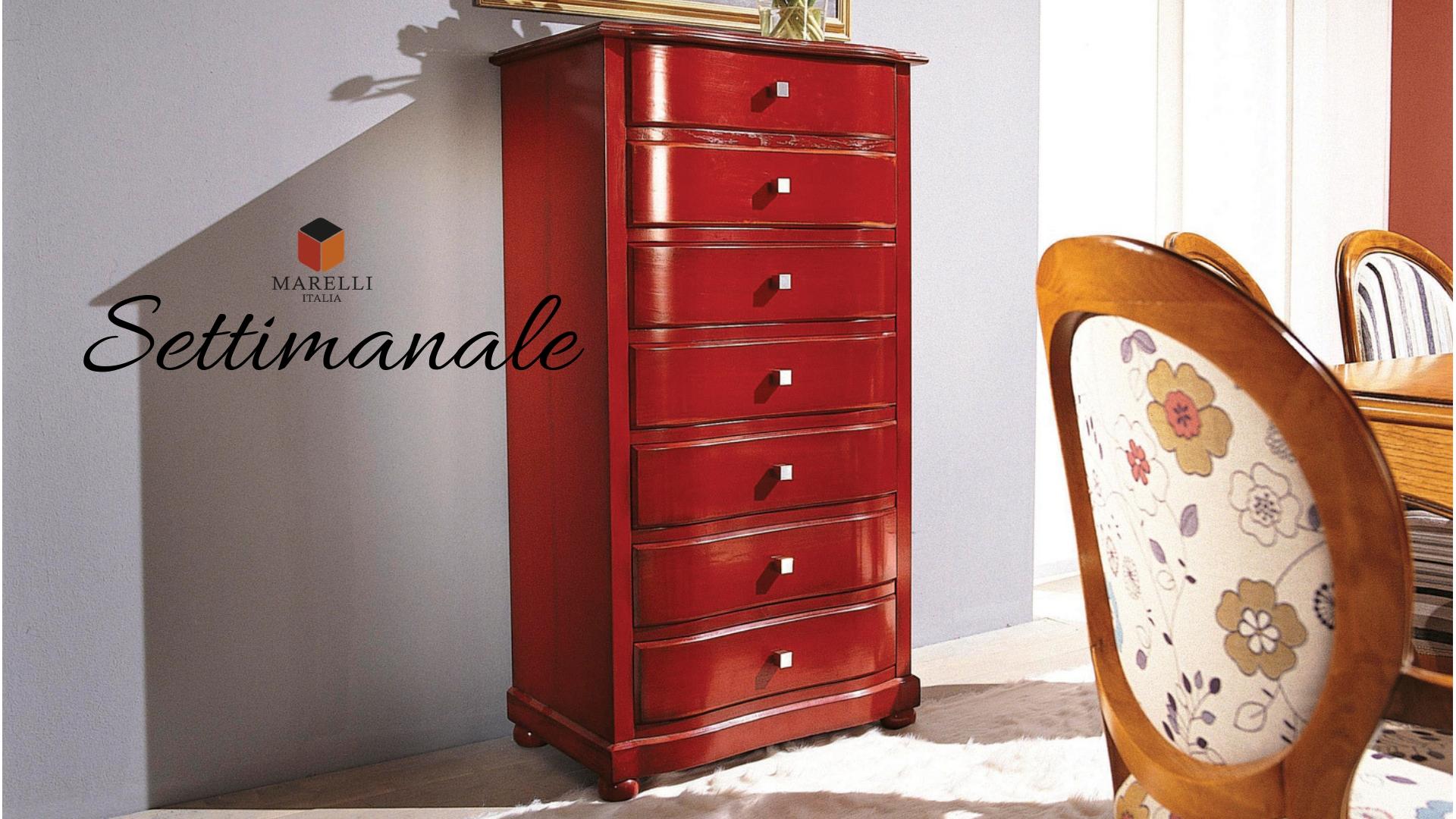Settimanale color rosso in soggiorno